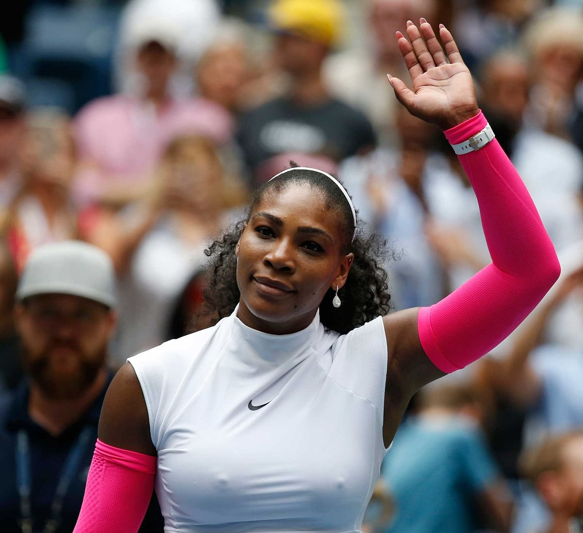 Serena Williams waves to fans after defeating Johanna Larsson, of Sweden, during the third round of the U.S. Open. (Photo: AP)