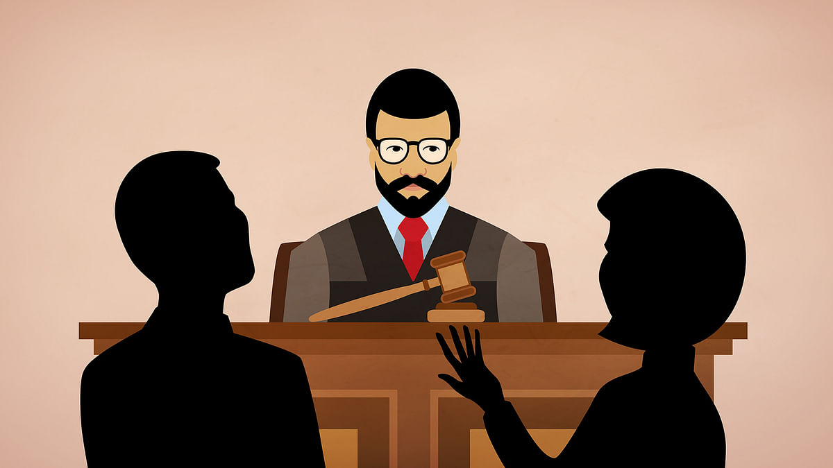 In 2008, a trial court judge in Rajasthan allowed a defence lawyer to ask a rape survivor to reenact the posture in which she was raped. (Photo: iStock/Altered by <b>The Quint</b>)