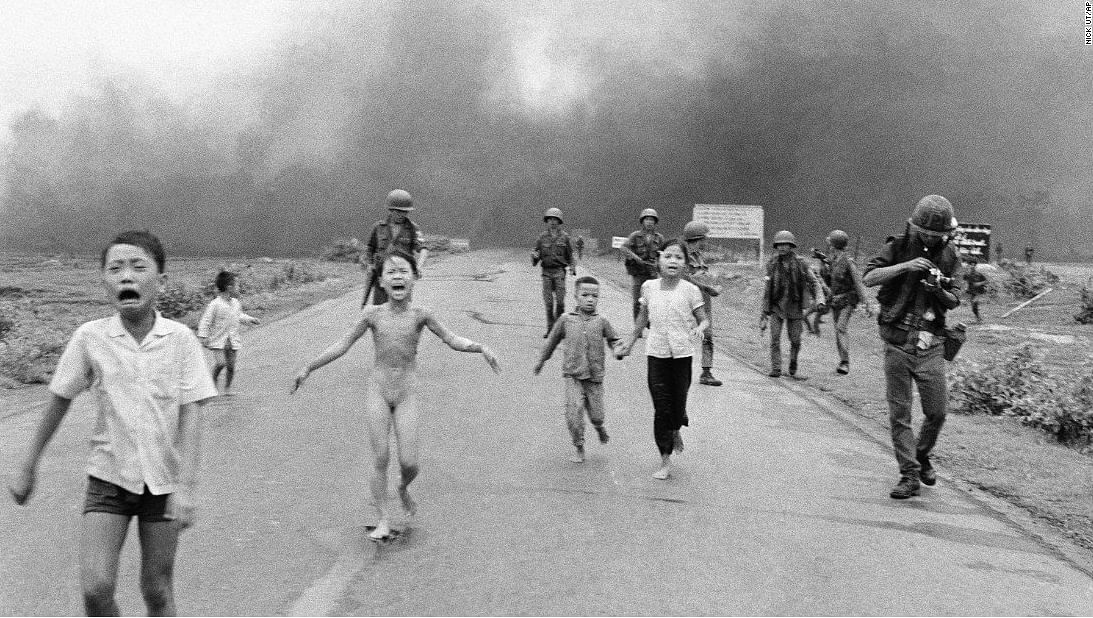 """'The Terror of War', a Pulitzer Prize winning image of the Vietnam war by Nick Ut. (Photo Courtesy: Twitter/<a href=""""https://twitter.com/69mib/status/774218502081306624"""">Man in Black</a>)"""
