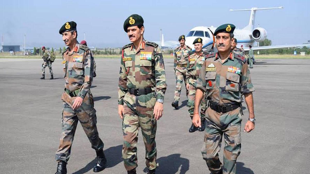 Army chief General Dalbir Singh in Kashmir. (Photo: ANI)
