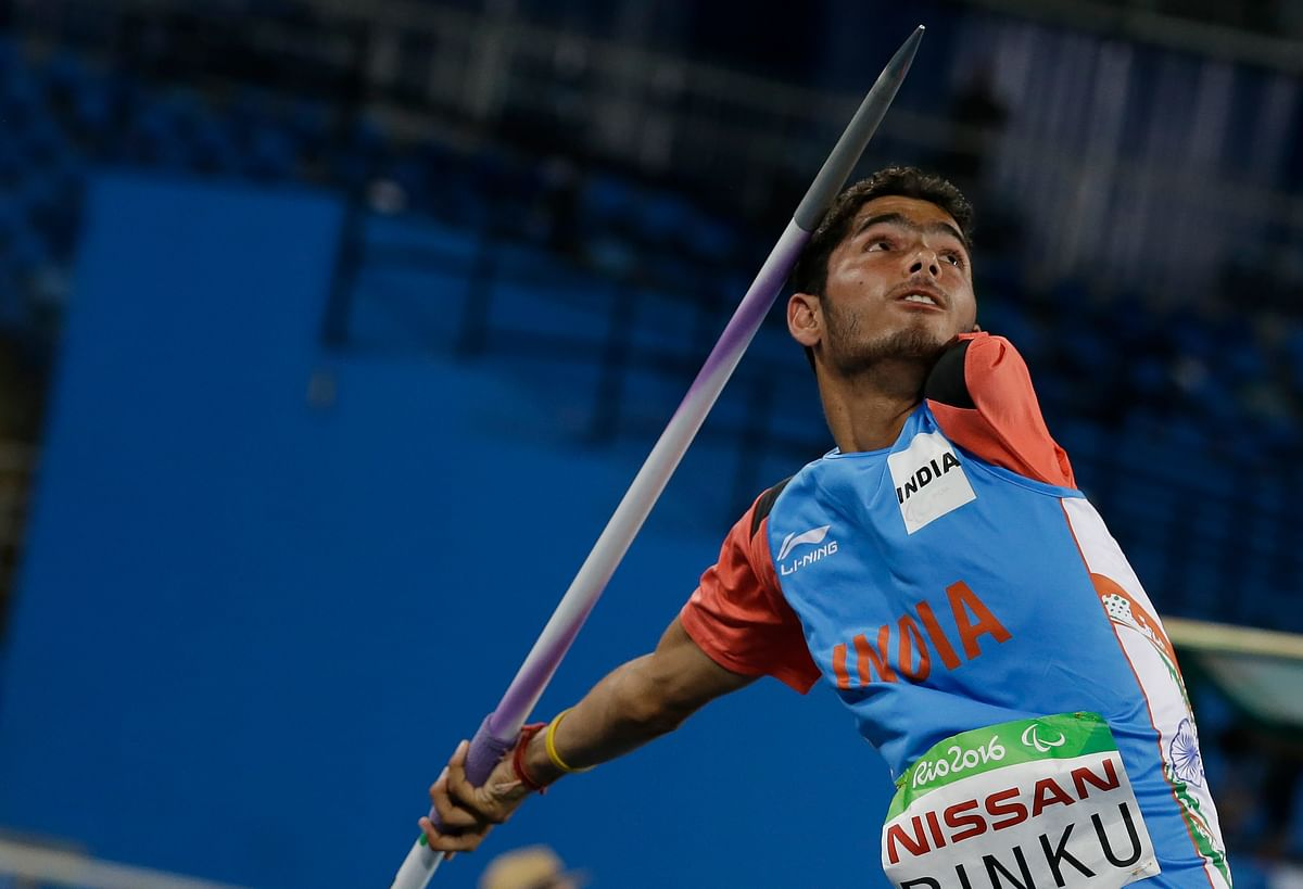India's Rinku competes in the men's javelin throw F46 final in the athletics event at the Paralympic Games in Rio de Janeiro. (Photo: AP)<a></a>