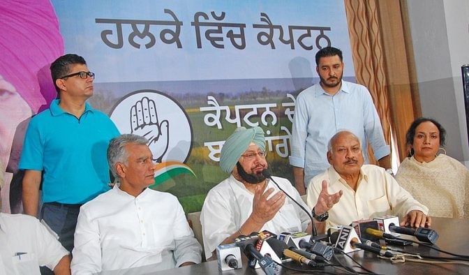 Punjab Congress chief Captain Amarinder Singh at the launch of 'Halke Vich Captain'. (Photo: <b>The Quint</b>)&nbsp;