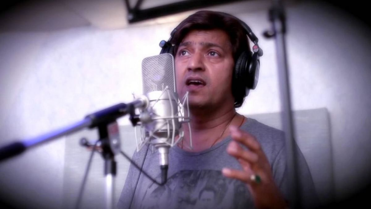 """Aadesh Shrivastava left us a day after his 51st birth anniversary. (Photo Courtesy: <a href=""""https://twitter.com/chandanmishra85"""">Twitter/@chandanmishra85</a>)"""