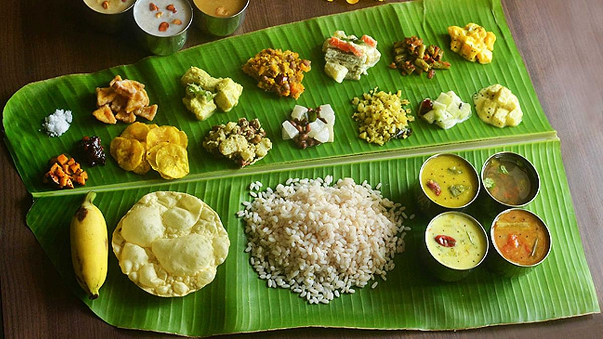 The traditional Onam sadya consists of over 30 dishes ranging from curries, vegetables, pickles and sweets. (Photo courtesy: Pinterest.com)