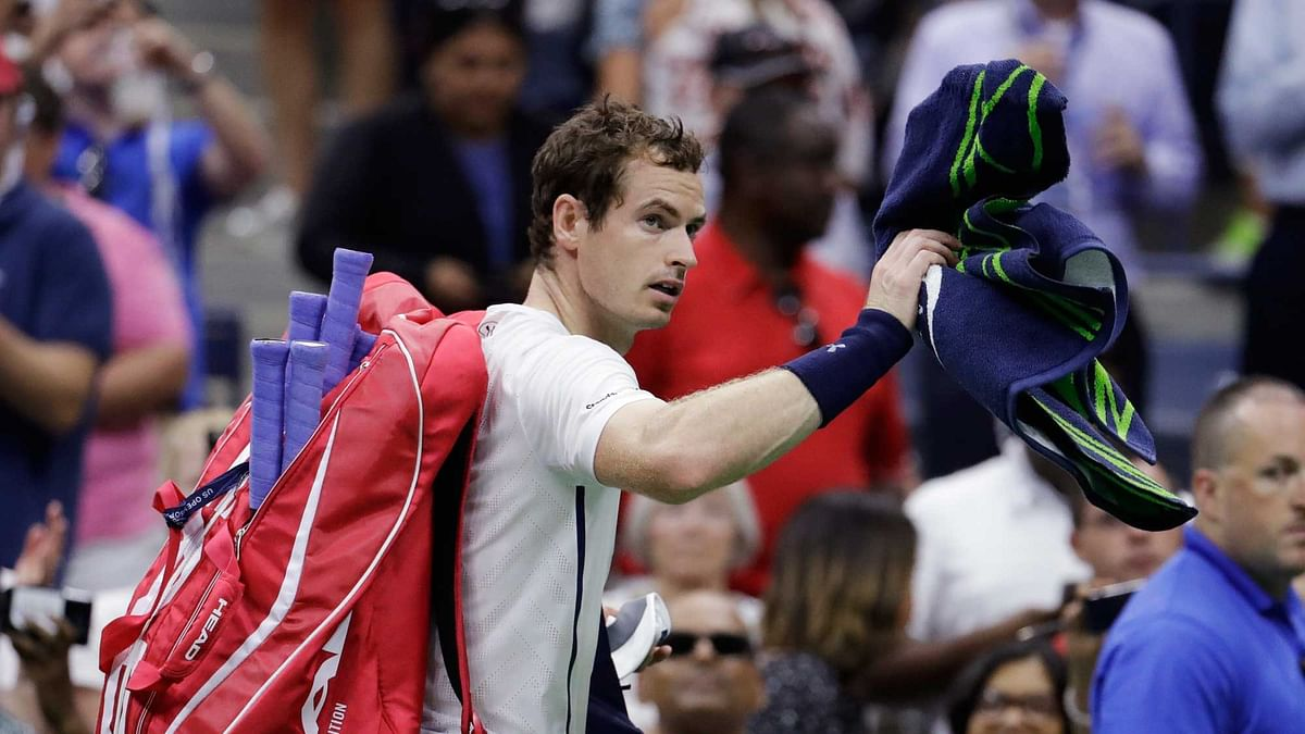 Andy Murray, of the United Kingdom, walks from the court after losing to Kei Nishikori, of Japan, during the quarterfinals of the U.S. Open. (Photo: AP)