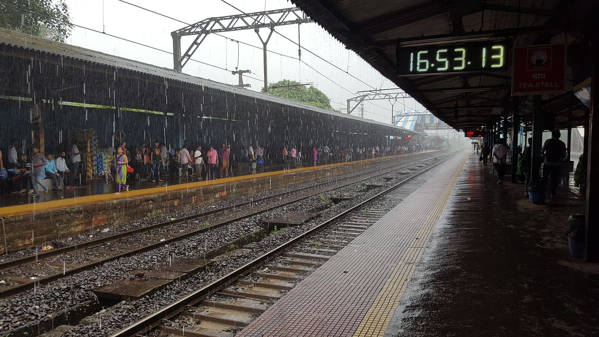 Mumbai Weather Forecast: Moderate Rain Expected in Next 24hrs