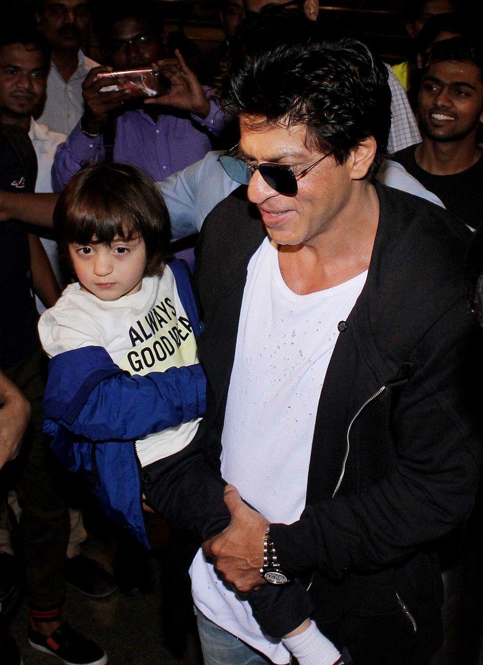 Shah Rukh Khan with his son Abram. (Photo: Yogen Shah)