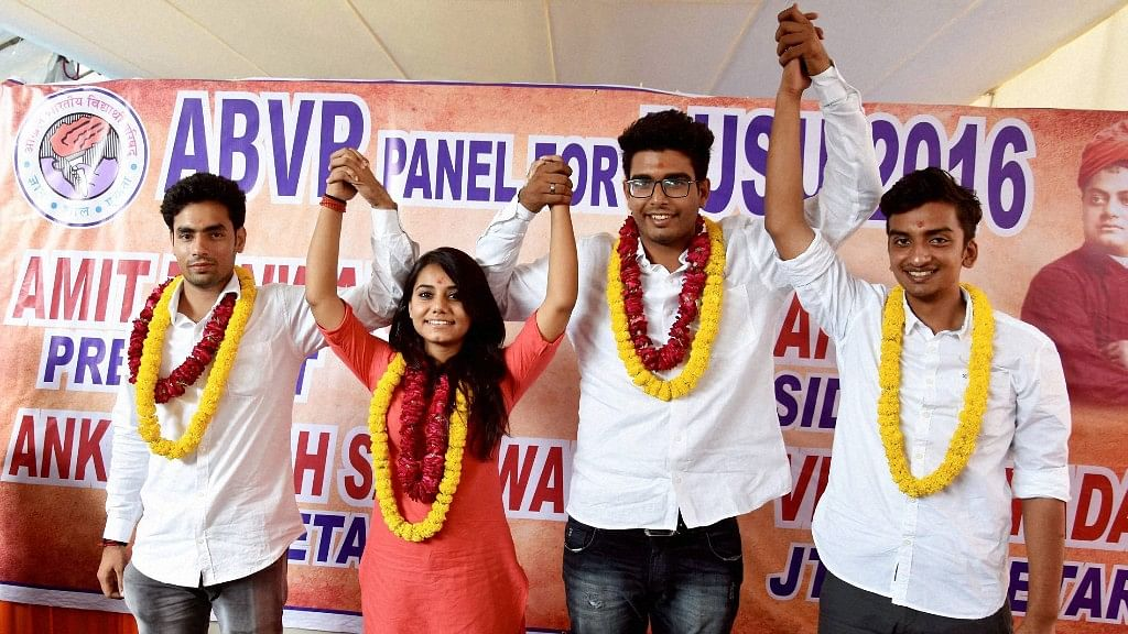 Thousands voted  to elect the new office bearers of the Delhi University Students Union. (Photo: PTI)