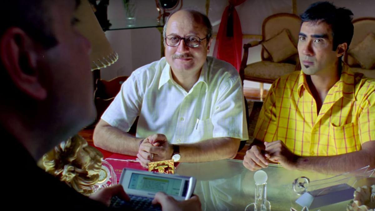 Anupam Kher with Ranvir Shorey in <i>Khosla Ka Ghosla. </i>