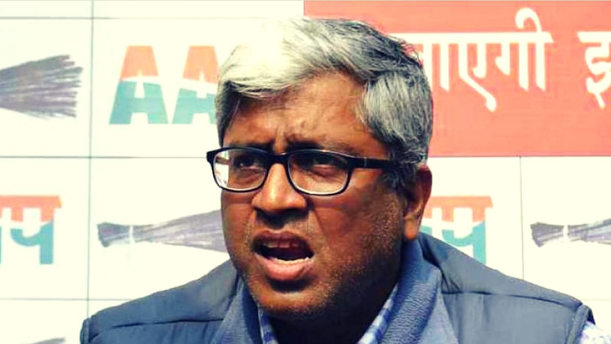 Devinder Sehrawat lashes out on Ashutosh. (Photo: YouTube screengrab)