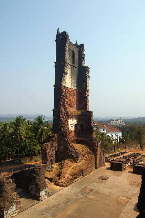 """Ruins of the St Augustine Church in Goa. (Photo Courtesy: Facebook/<a href=""""https://scontent-sit4-1.xx.fbcdn.net/v/t1.0-9/10169407_747787565257822_5391616363868144654_n.jpg?oh=0ed099d48814966b57bd5d03aa625d3e&amp;oe=58699C6C"""">Goa Prism</a>)"""