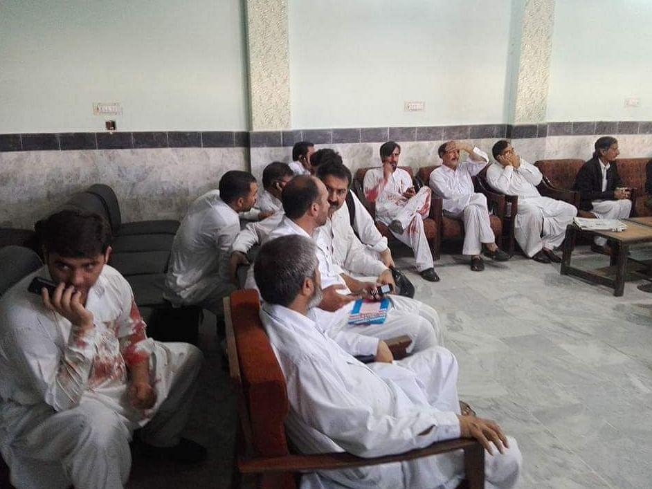 """The Mardan Medical Complex. (Photo: Twitter@<a href=""""https://twitter.com/Hamzakhan00012"""">Hamzakhan00012</a>)"""
