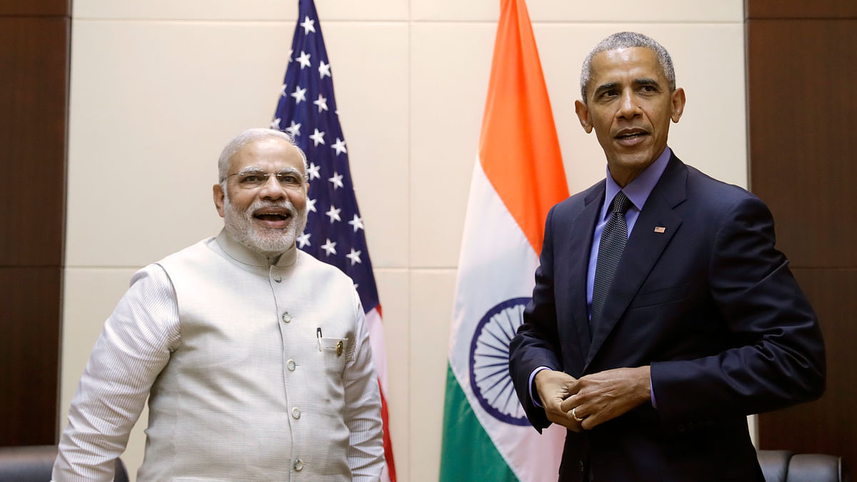 Prime Minister Narendra Modi and US President Barack Obama at the ASEAN summit in Laos. (Photo: AP)
