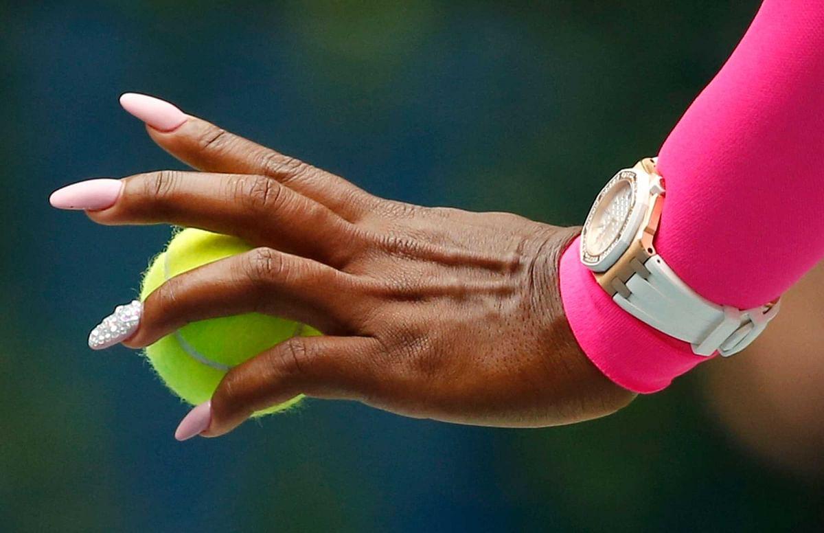 Serena Williams, of the United States, prepares to serve to Johanna Larsson. (Photo: AP)