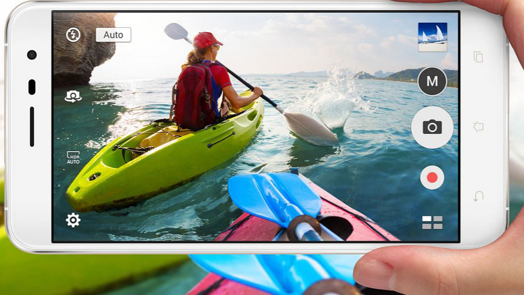 "Go Pro with a trusty sidekick, the smartest smartphone! (Photo: <a href=""https://www.asus.com/in/Phone/ZenFone-3-ZE552KL/"">Asus</a>)"