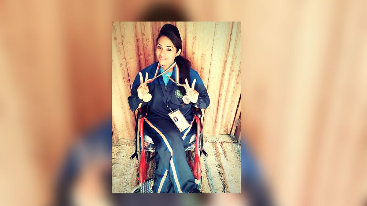 The upcoming para-athlete has excelled in javelin throw, shot put and weightlifting. (Photo: <i>The Quint</i>)