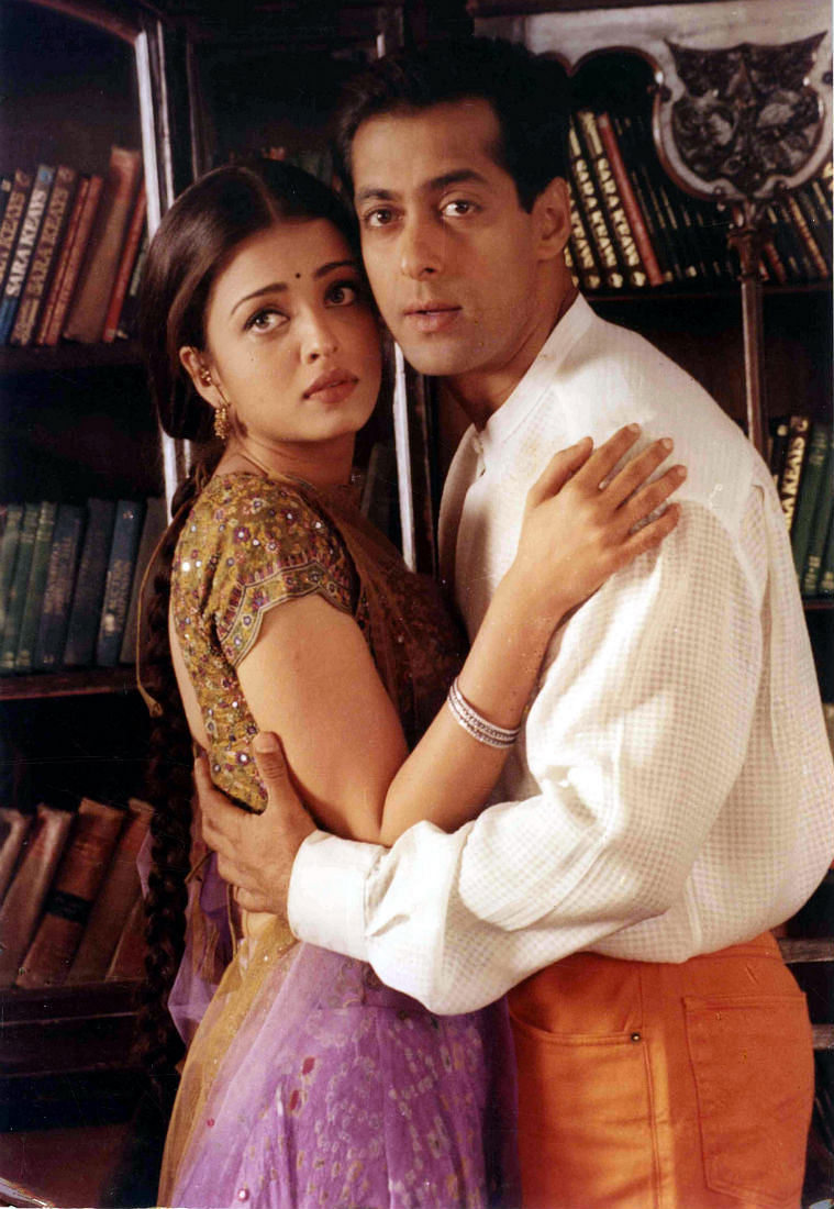 Aishwarya Rai Bachchan and Salman Khan in a still from <i>Hum Dil De Chuke Sanam</i>.&nbsp;