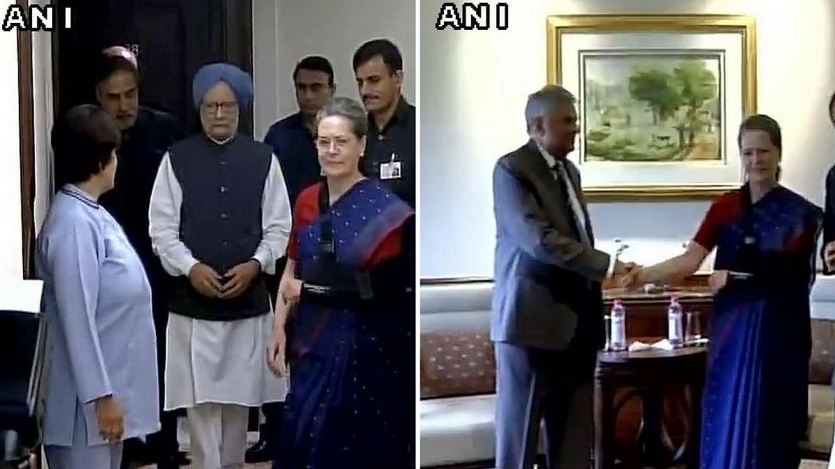 Former PM Manmohan Singh and Congress President Sonia Gandhi met Sri Lanka PM Ranil Wickeremesinghe (Photo: ANI)