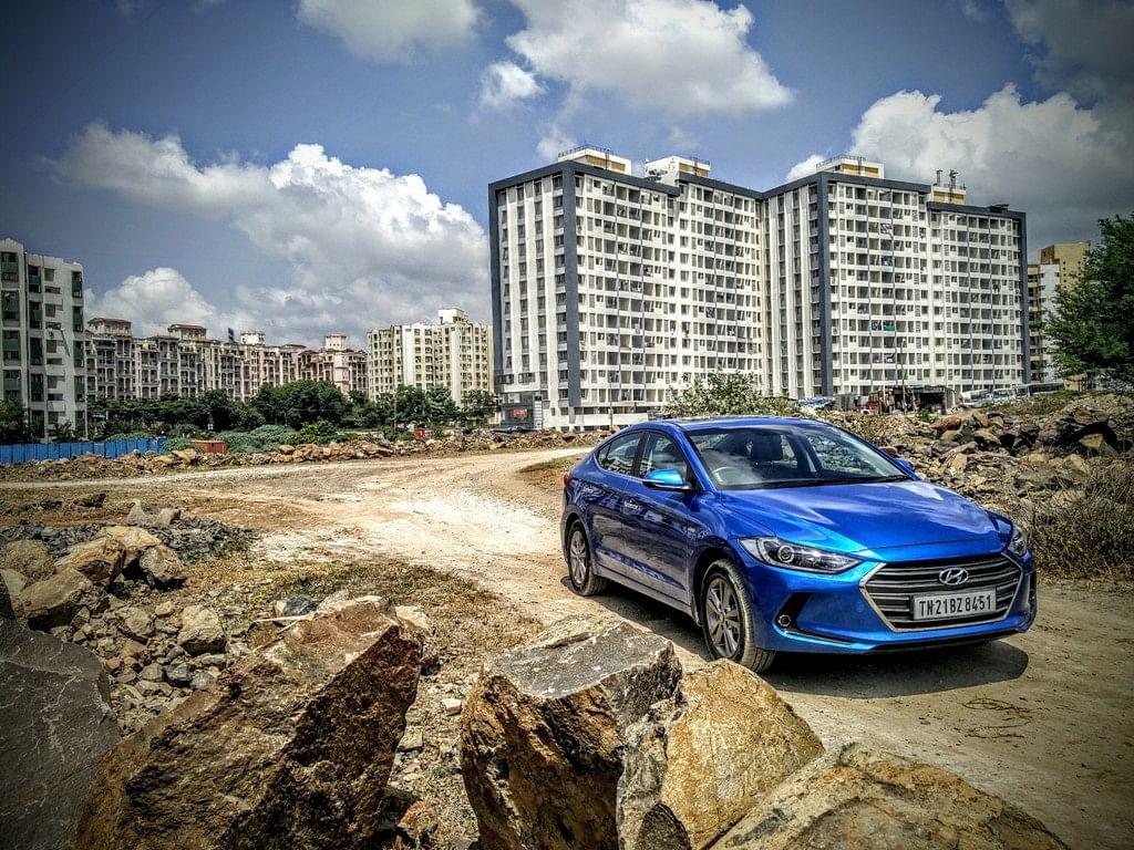 Hyundai Elantra 2016. (Photo Courtesy: Motorscribes)