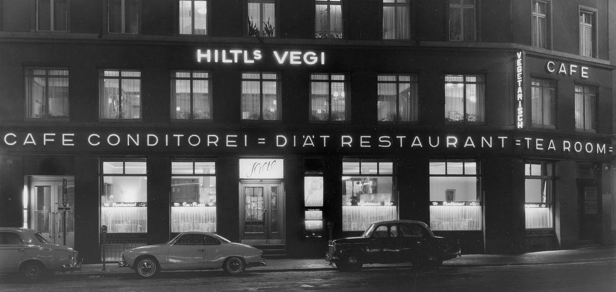 The facade in 1931. (Photo Courtesy: Hitl)