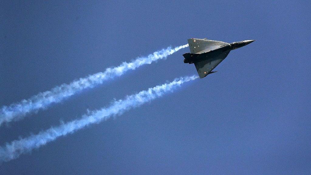 Indigenous Tejas Light Combat Aircraft displays its maneuverability at the Hindon Air Base. (Photo: AP)