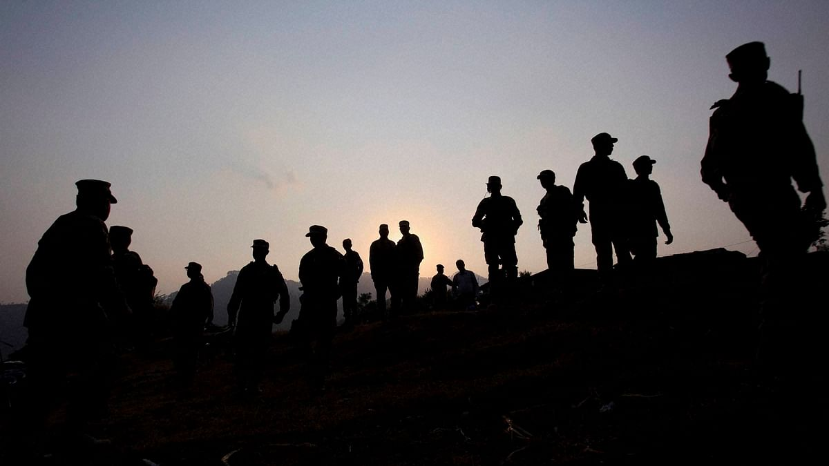 One Killed, Four Injured as Pak Troops Shell Village Along LoC