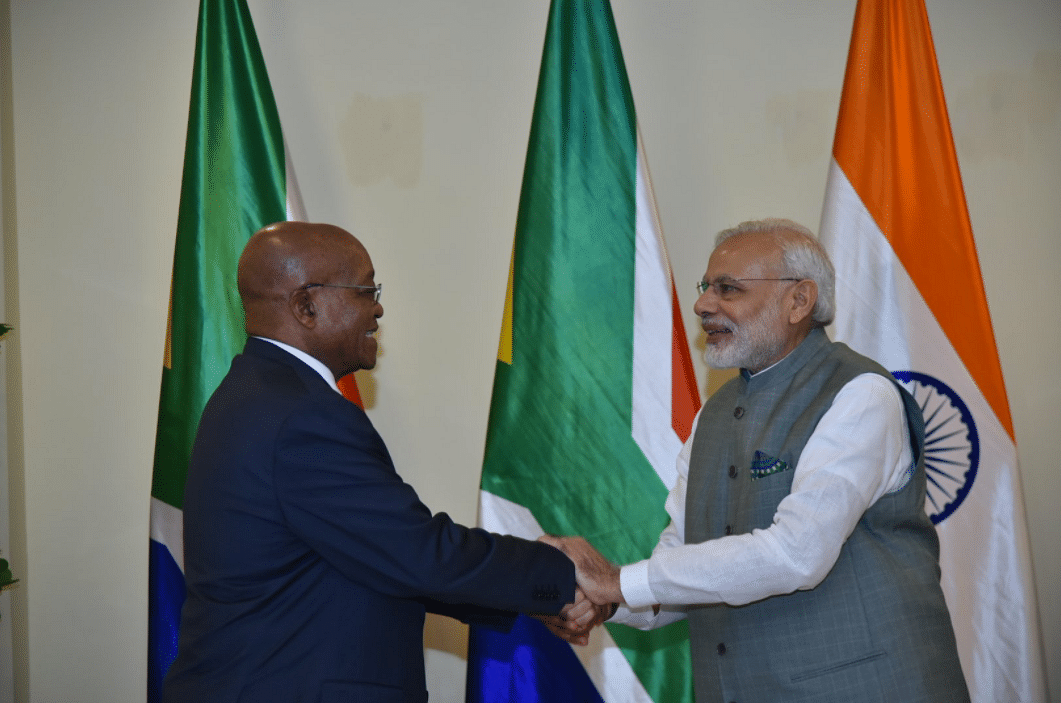 "PM Modi greets South African President, Jacob Zuma. (Photo Courtesy: Twitter/<a href=""https://twitter.com/MEAIndia/status/787292255874801664"">@MEAIndia</a>)"