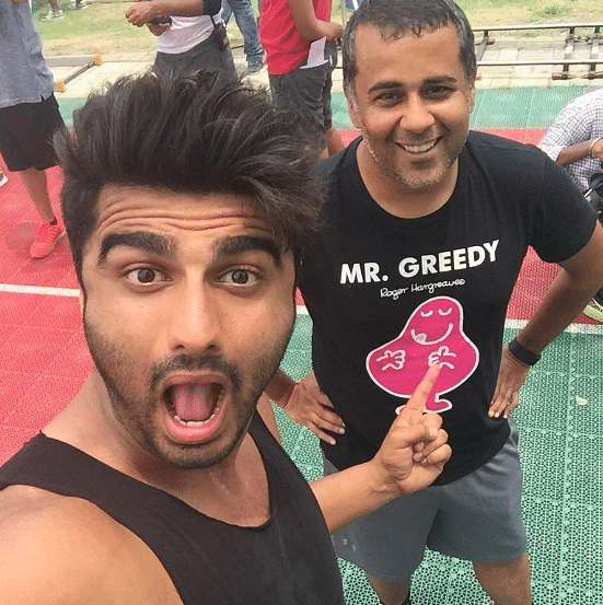 """The moment my aunt saw Chetan Bhagat posting his selfies with Arjun Kapoor from the sets of Half Girlfriend, she suggested that I send my novel to Bollywood producers. (Photo Courtesy: Twitter/<a href=""""https://twitter.com/chetan_bhagat"""">Chetan Bhagat</a>)"""