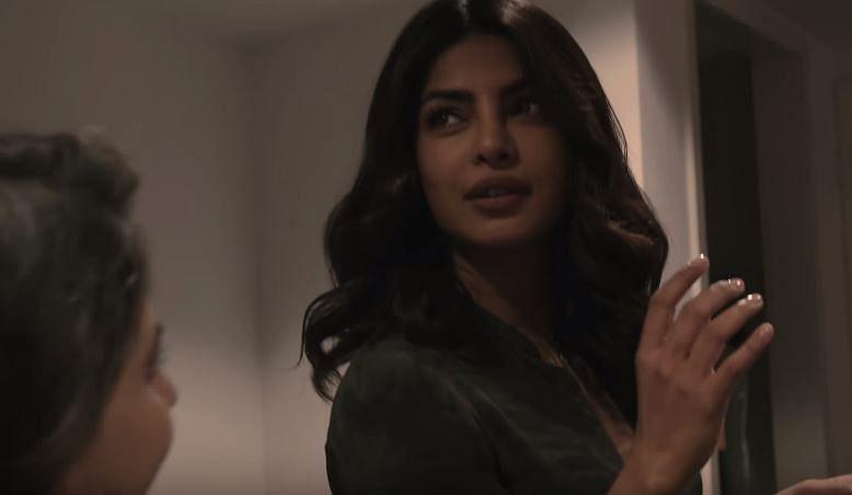 """Priyanka gives her 'Alex Parrish' look. (Photo Courtesy: <a href=""""https://www.youtube.com/watch?v=q9EKYKQWo5A"""">Youtube/FilmCompanion</a>)"""