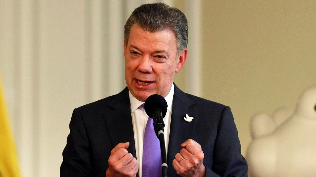 Juan Manuel Santos speaks after winning the Nobel Peace Prize. (Photo: Reuters)