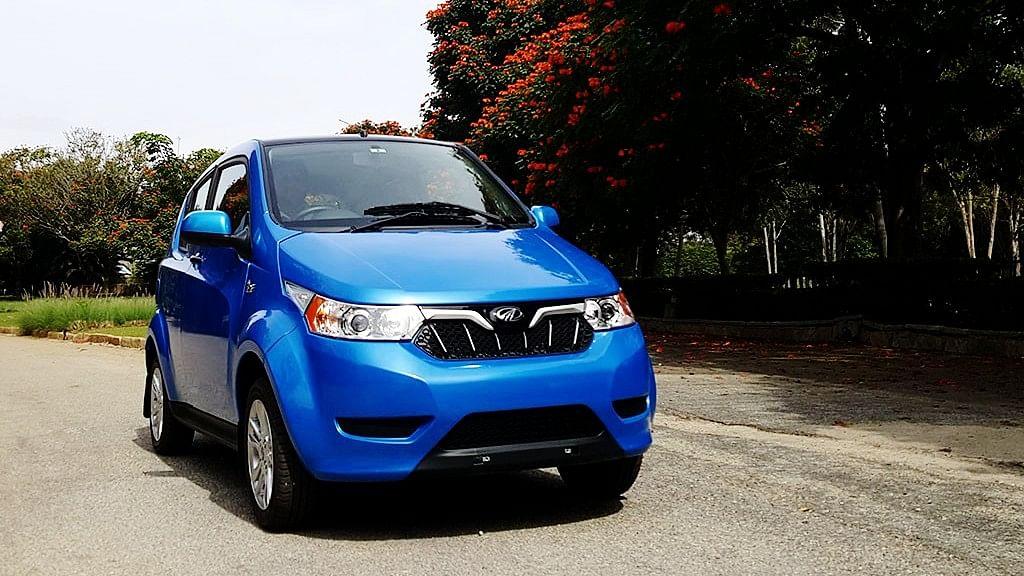 """Mahindra e2o Plus electric car. (Photo Courtesy: <a href=""""https://www.motorscribes.com/reviews/mahindra-electric-e2o-plus-first-drive-review"""">MotorScribes</a>)"""