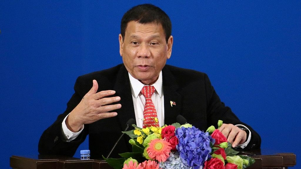 At an international forum, Duterte announced his 'separation' from US.