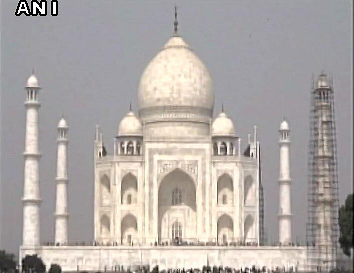 Smog surrounds Taj Mahal. (Photo Courtesy: ANI)