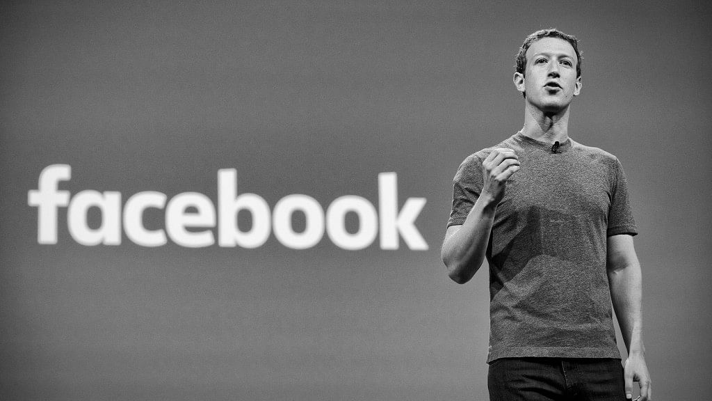 Mark Zuckerberg Says Facebook-WhatsApp Integration Not Before 2020