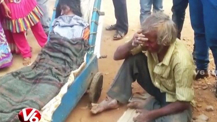 Ambulance Denied, Man Carries Wife's Body in a Pushcart for 60 Km