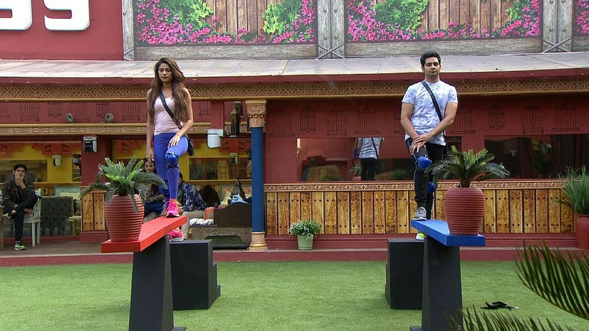 Lopamudra and Karan are ready to fight it out for captaincy. (Photo courtesy: Colors TV)
