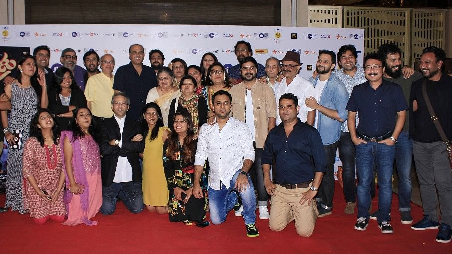 The cast and crew of <i>Ventilator.</i> (Photo: Yogen Shah)