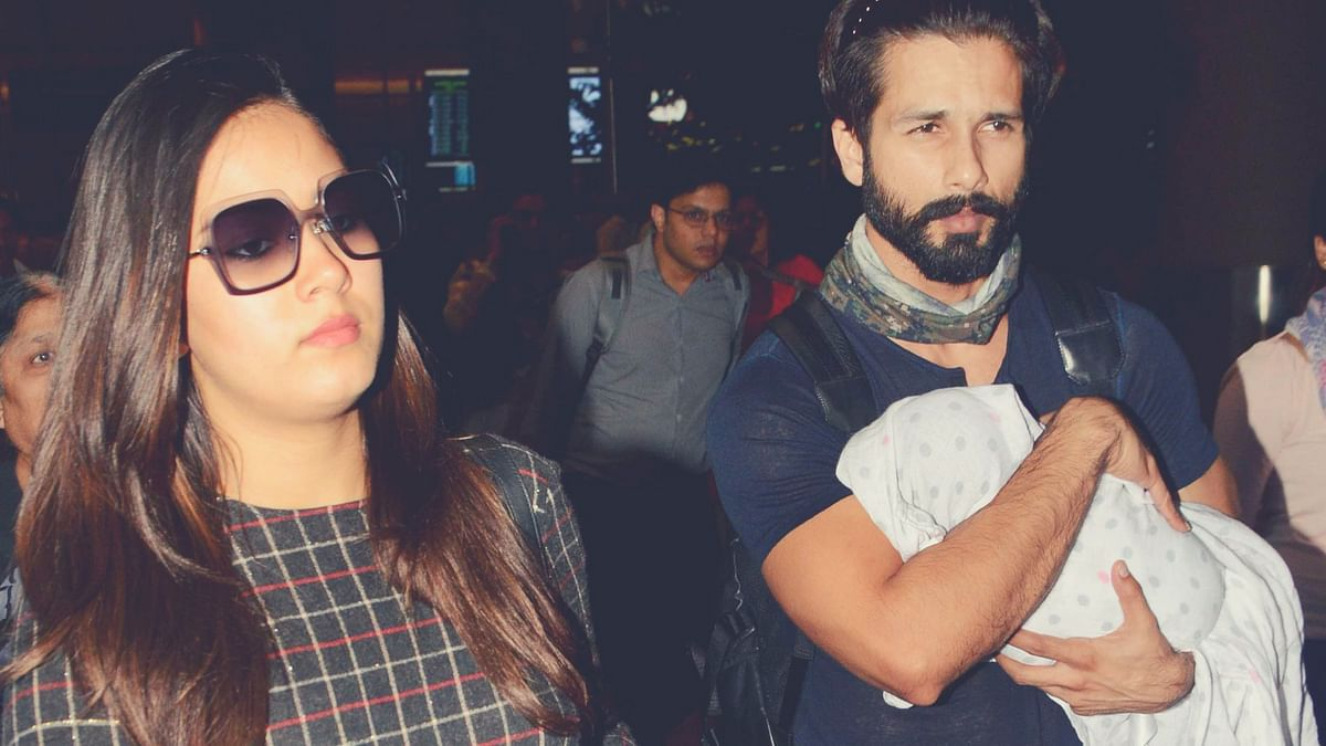 Mira Rajput and Shahid Kapoor were spotted at the airport with their daughter, Misha. (Photo: Yogen Shah)