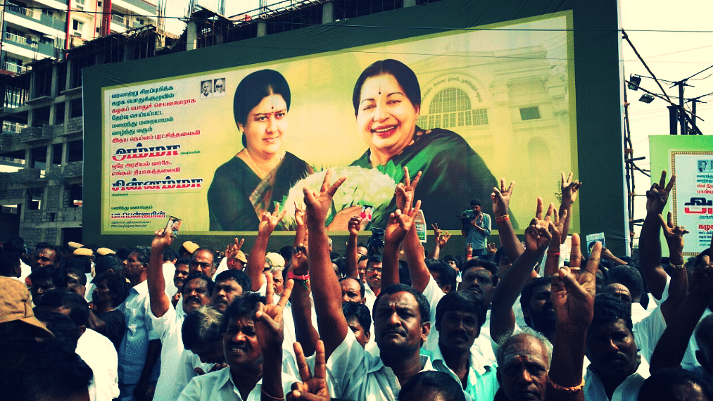 Photos of Living Persons on Hoardings, Banners Banned by Madras HC