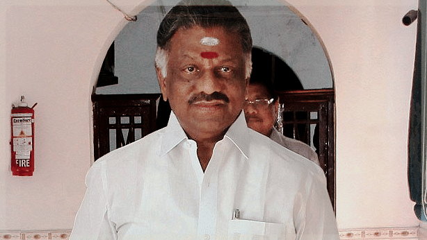 """After his speech social media exploded with reactions thereafter, most in support of OPS. (Photo Courtesy: Twitter/<a href=""""http://https://twitter.com/chennaivision/status/790818097217232896"""">Chennai Vision</a>)"""