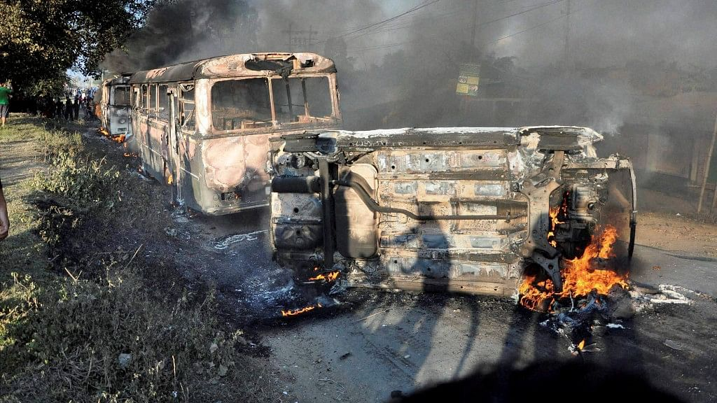 Frustration of the people hit by scarcity of fuel and essential goods – both in the valley and hills – have begun to surface on the streets. (Photo: PTI)