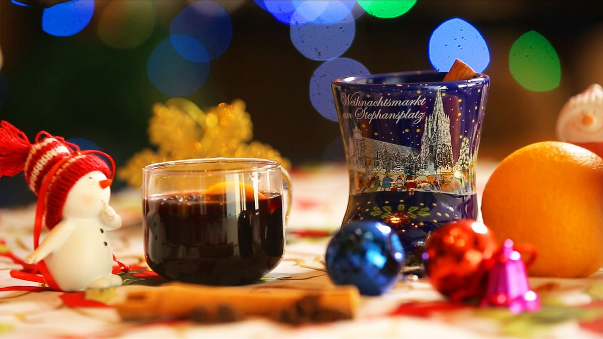 This Christmas, Get High on Warm, Spiced Mulled Wine