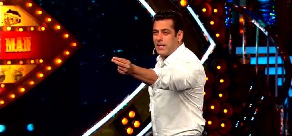 Salman blasts Om Swami. (Photo courtesy: Colors)
