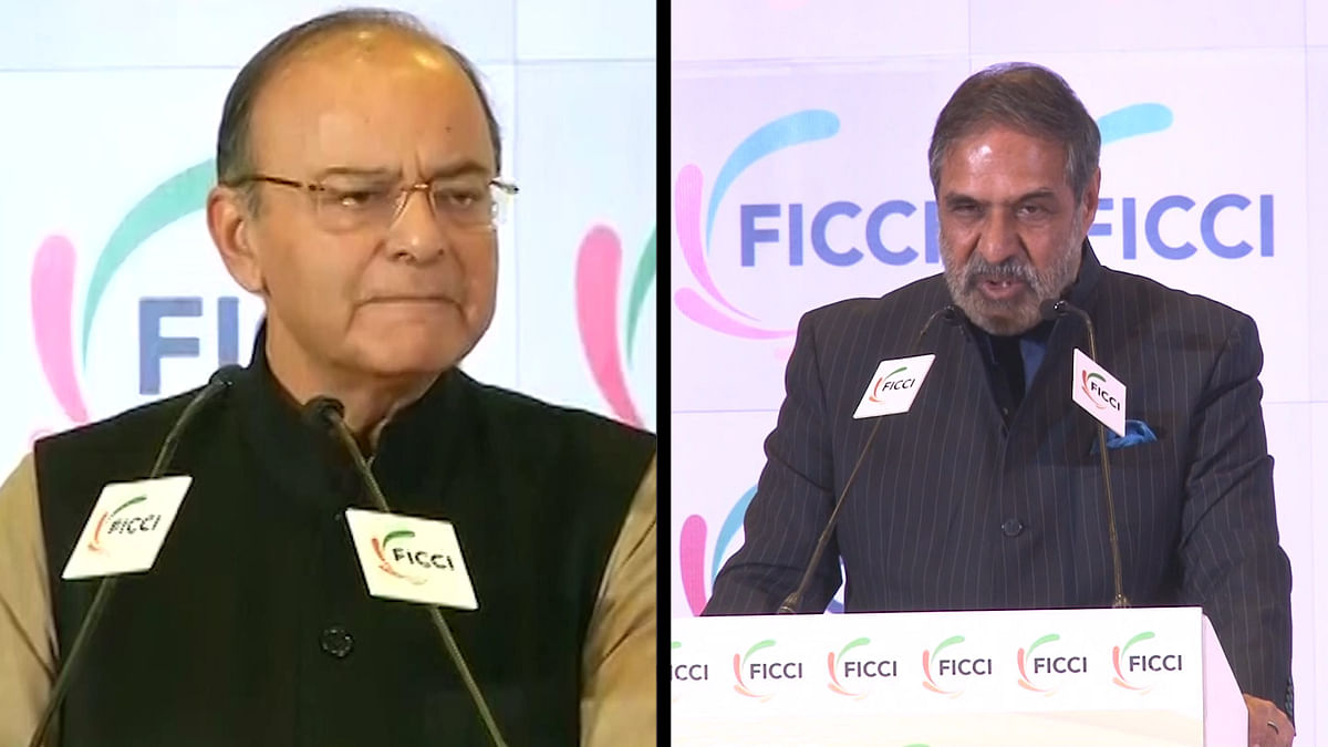 Congress Attacks Jaitley on Note Ban, Calls it a 'Disastrous Move'