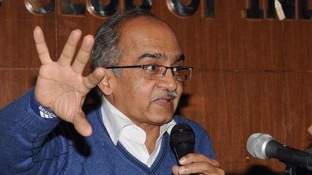 """Prashant Bhushan Calls Madhu Kishwar's """"Bluff"""", Lodges Complaint"""