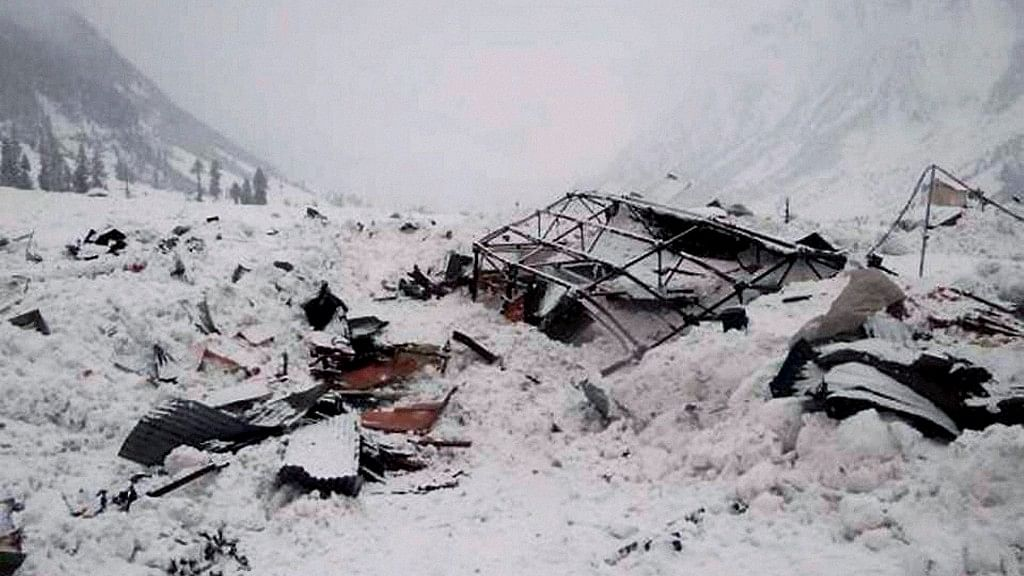 HP Jawan Among 4 Personnel Buried Alive Under Siachen Avalanche