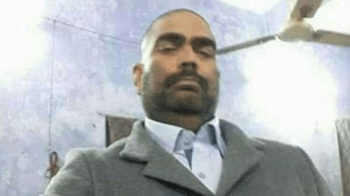 """The selfie went viral soon after it was shared on social media. (Photo Courtesy: Twitter/<a href=""""https://twitter.com/iamthegolu"""">Olivia</a>)"""