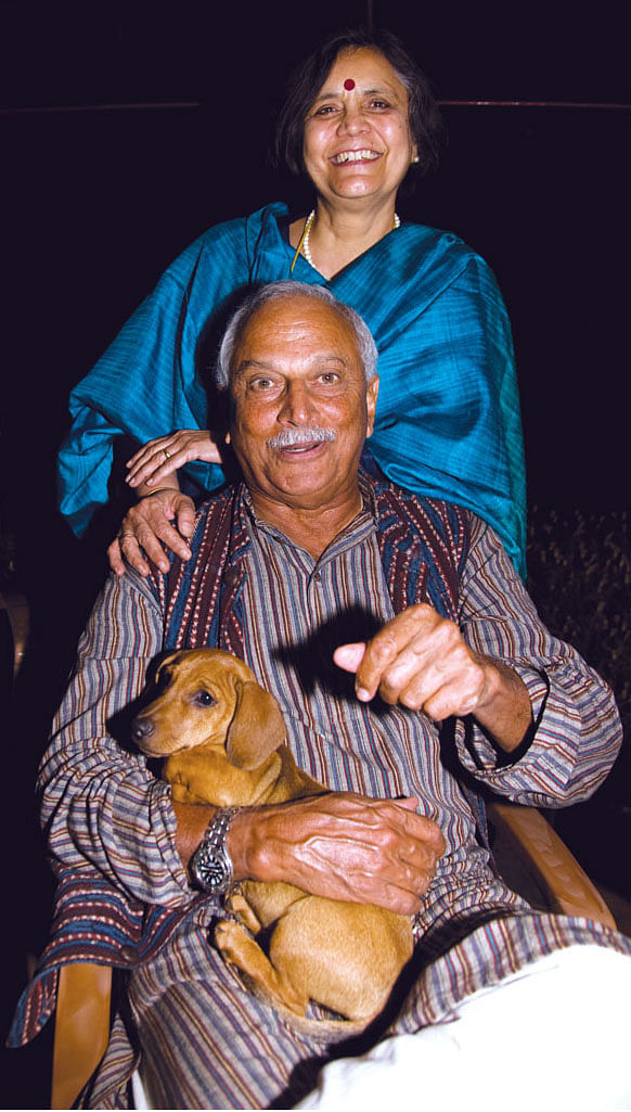 KC Cariappa with wife Meena.