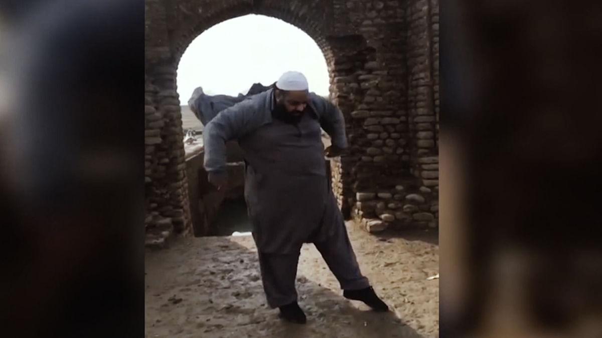 This man from Pakistan displays his fabulous moves. (Photo: AP/Jukin Media)
