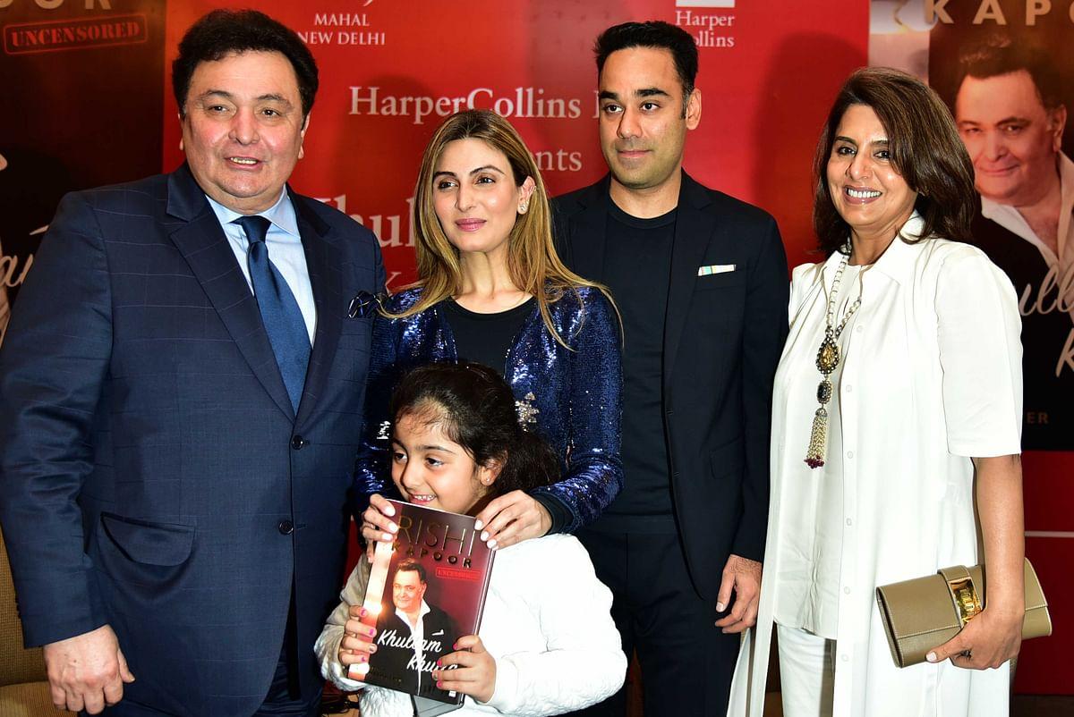 Rishi Kapoor with his daughter, Riddhima and Neetu Singh. (Photo: Yogen Shah)